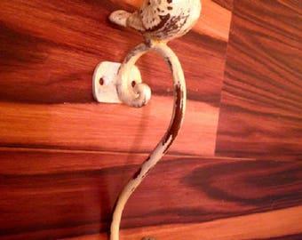 Vintage Style Metal Bird Hook - French Country Bathroom Hook - Rustic Kitchen Hanger - Key Wall Hook