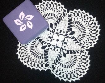 SALE!!!Small white crochet doily  9,45 inches -  Square doilies - Home decor - White crochet doilies - Mini doilies - Handmade - medium oily