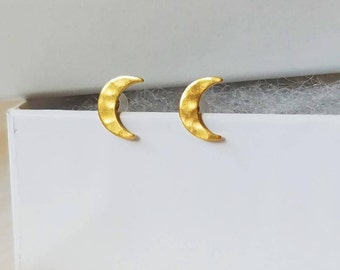 Gold/silver moon stud earrings