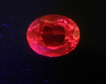 Rare Vintage UV Glow Oval Cut Synthetic Ruby Red Gemstone, IF - 3.25 Ct, for Jewelry Making