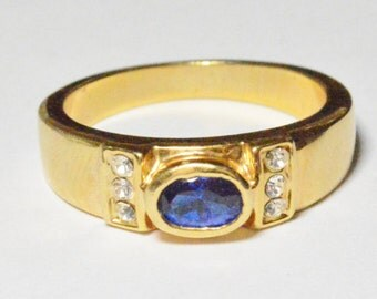 Vintage Gold Tone Blue and White CZ Band Size 8.5