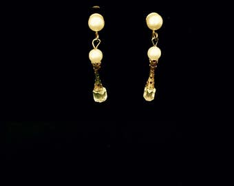 Vintage 60's Pearl Dangle Earrings VG2475