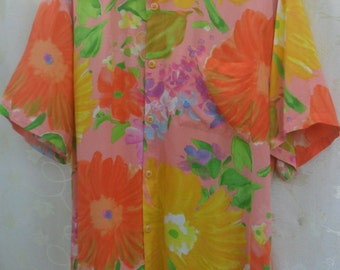 Vintage JAMS WORLD Hawaiian// Yellow Rayon Blouse Shirt// Top Rayon Florest Floral Print// Quirky Bright Size XL// Made in Hawaii