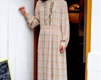 Light mint, tawny pastel madras dress / Pastel dress / Spring dress / Romantic / Checks / Mandarin collar / Frilled / Ruffles / Size S-M