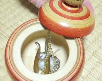 kawaii Kokeshi Ningyo-An accessory case- Handmade wooden doll-