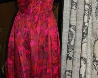 Gorgeous 1950s vintage dress size 10