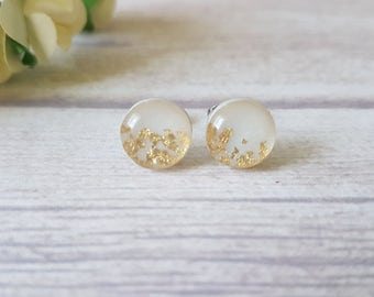 Gold and pearl earrings, Wedding jewelry for bridesmaids, Bridal earrings studs, Gold leaf earrings, White gold earrings, Pearl gold studs
