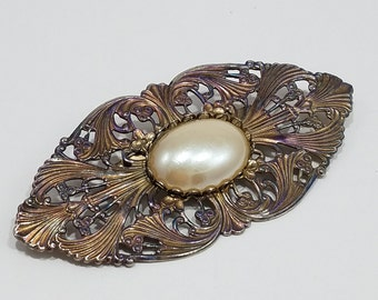 Beautiful Brooch with Faux Pearl Cabochon