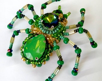 Spider Jewelry, Green Jewelry, Mothers day gift, Gift for mom, Spider Brooch, Spider Pin Insect, Pin Statement Jewelry, Gift For Wife