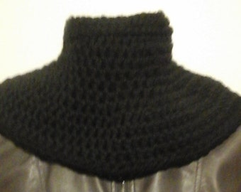 Large Black Cowl