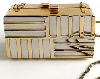 Vintage 80's Mod Style Gold Metal Box Evening Clutch Purse with Chain Strap