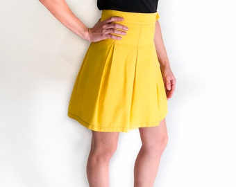 Yellow cotton short skirt