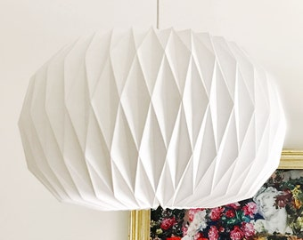 Origami lamp | paper lamp with E27 connection, and cable Ø 43 cm | Origami-Papier-Lampenschirm mit Kabel und E-27 Halterung, Modell: Oval