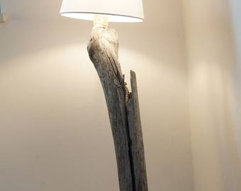 Driftwood lamp design splitter