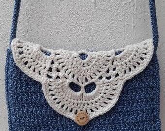 Crochet handbag blue white