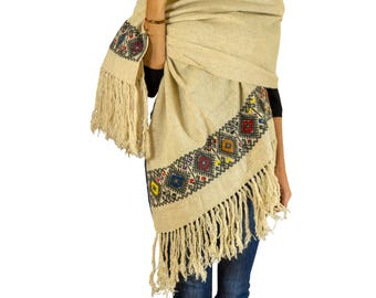 """Mexican Rebozo Scarf """"Chiapaneco"""" made of Wool - handwoven and hand embroidered"""