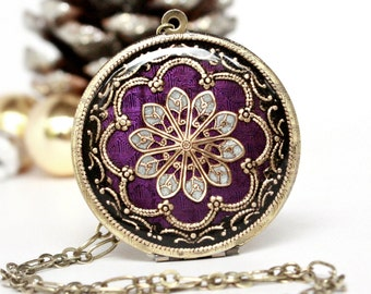 Purple/ Brass/ Locket/ Necklace/ Women's/ Jewelry/ Gift For Her/ Mom Gift/ Mothers Gift/ Women's Necklace/ Handmade Jewelry/