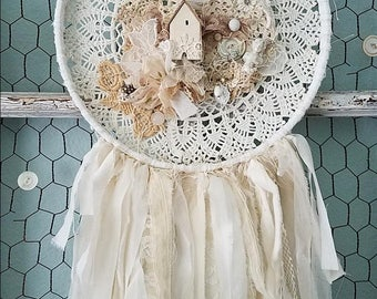 Dream Catcher, Shabby Dream Catcher, Doily Dreamcatcher, Beach Wedding, Boho Bedroom, Woodland Nursery, Shabby Chic Wall Hanging Decor