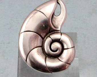 Snail Shell Pendant, Antique Silver, AS412