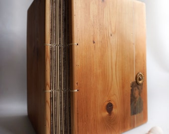 Photo album Wood photo book Scrapbook Reclaimed furniture Antique
