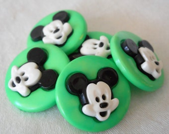 Set of 5 VINTAGE Mickey Mouse Head Green Plastic Snap BUTTONS