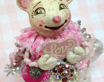 Lilla Love Mouse - Hand sculpted OOAK original paper mâché Valentine love sweetheart, vintage shabby chic creamer by artist Alycia Matthews