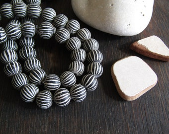 round lampwork glass beads, black and white striped motif, matte opaque, ethnic boho rustic beads, Indonesian  10mm to 11mm (6 beads) 7ab34