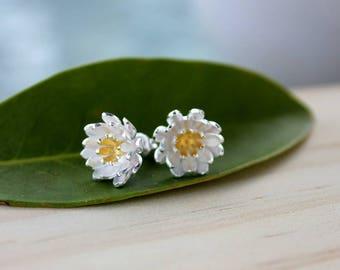 Flower post earrings in Sterling Silver, wedding jewelry, handmade earrings, simple, wedding, bridesmaid jewelry, studs, birthday, lotus