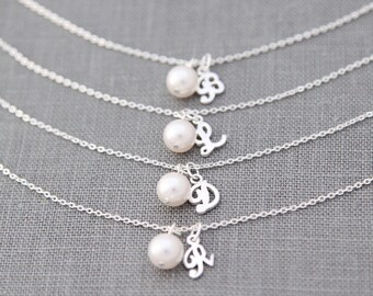 Personalized Bridesmaid Bracelet Set of 8, Initial Bracelet, Pearl Bridesmaid Jewelry Gift for Bridesmaid Bracelet, White, Ivory Pearl