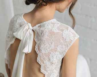 Gold Bridal Hair Piece , Wedding Hair Accessories , Wedding Hair Vine, Pearl Crystal Hairpiece ,Freshwater Pearl Hair Vine , Gold hairpiece