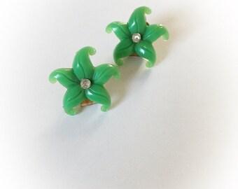 Vintage Green Plastic Flower Earrings Clip On Rhinestone Center