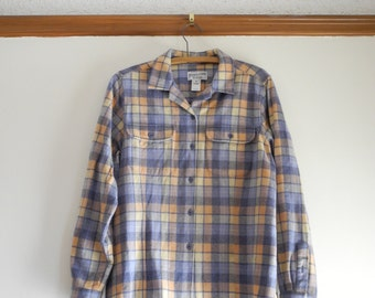 Women's PENDLETON 50s / 80s wool plaid flannel shirt sz. Medium