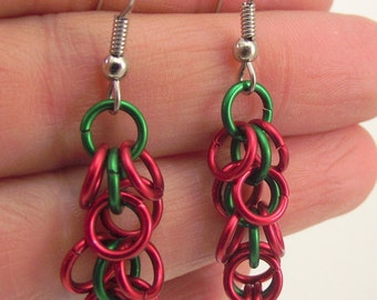 Red and Green Chainmaille Earrings, Aluminum Earrings, Red Earrings, Green Earrings, Chainmail Jewelry, Gift under 20
