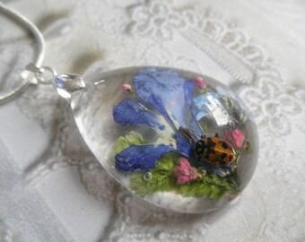Ladybug,Blue Lobelia,Veronica,Forget-Me-Nots,Frosted Ferns Glass Teardrop Pressed Flower Pendant-Symbolizes True Love,Memories,Faithfulness