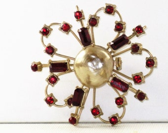 Vintage Red Rhinestone Champagne Faux Pearl Brooch Pin (B-2-6)