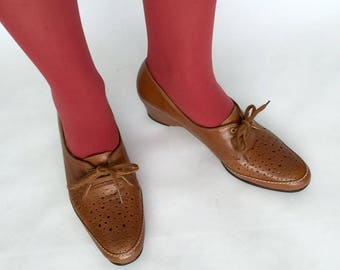 70s whiskey leather perforated wedge loafers - 1211348