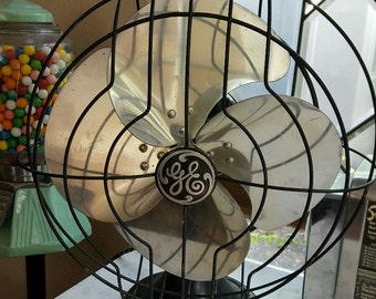 "Vintage Deco Black & Silver GENERAL ELECTRIC GE 12"" Fan 3 Speed Oscillating"