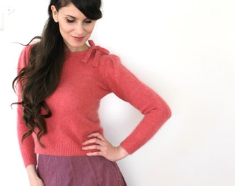 Vintage Pink Silk Sweater / 70s 50s Style Pinup Sweater