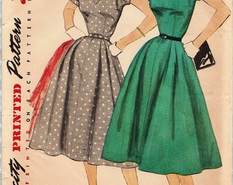 Simplicity 1135 / Vintage 50s Sewing Pattern / Dress / Size 14 Bust 32