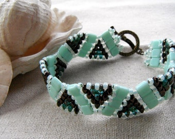 Minty Green and Bronze Thick Wave Bracelet, seafoam green, light green