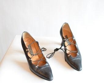 Vintage 1980s CASADEI leather laceup heels / 7