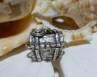 Sterling Silver Treasure Chest Charm Opens Movable 3D 6.02g