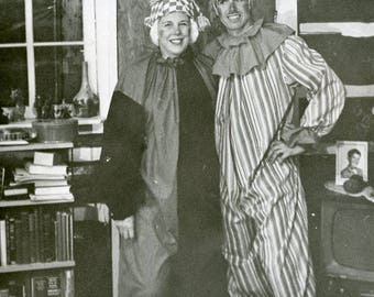 Couple Dressed as CLOWNS In Full HALLOWEEN COSTUME Photo 1961