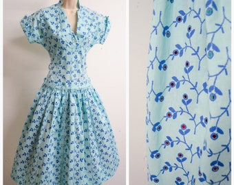 1950s Blue novelty print broderie anglais cotton dress / 50s full skirt turquoise summer dress - S