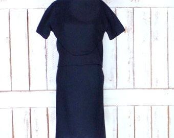 Vintage 50s/60s black wool fitted short sleeve wiggle dress/bombshell dress/xsmall/small