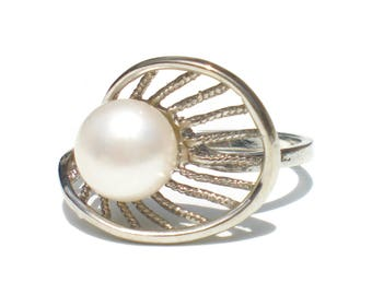 Pearl and Sterling Silver Ring Size 9.5 Gift for Her Vintage Jewelry Huge White Pearl Dinner Ring