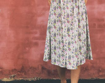 Crescent Moon MIDI length dress in dainty vintage style floral SIZE SMALL