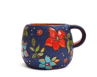 Ceramic coffee cup with magical flowers (dark blue)