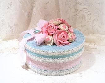 Shabby Chic Decor, Shabby Chic Box, Cottage Chic, Lace Box, Keepsake Box, Wedding Gift Box, Rose Box, Memory Box, Decorated Gift Box