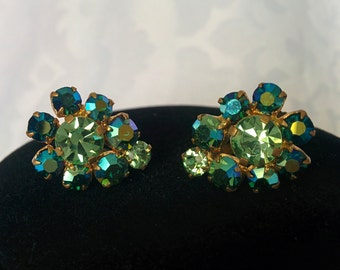 Vintage Green Aurora Borealis Earrings, Made in Austria, Clip On AB Earrings, Green Crystals - 3/4 inches